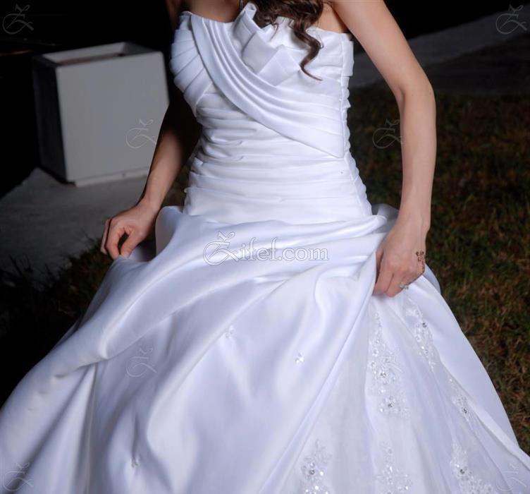 Vente robe de mariage sfax la mode des robes de france for Location de robe de mariage en ligne