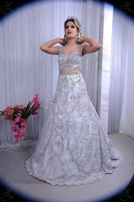 espace thouraya robe de mariage el kram zifef. Black Bedroom Furniture Sets. Home Design Ideas