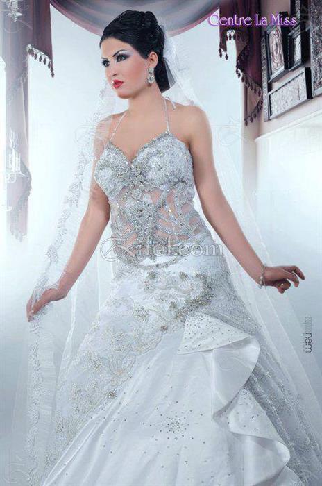 La miss robe de mariage ariana ville zifef for Centre ville la mariage robes
