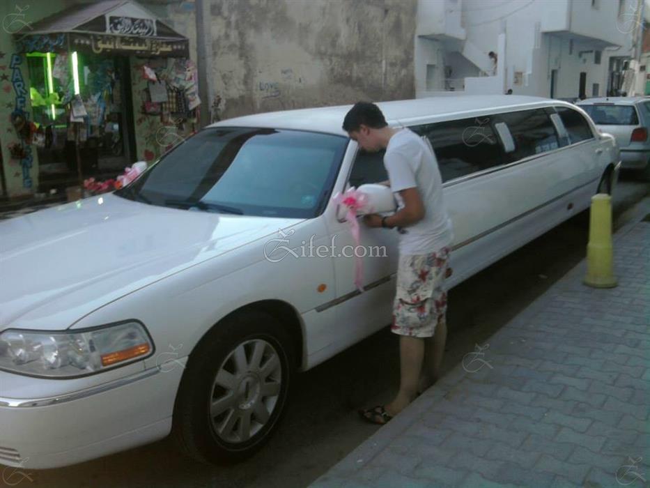 location de limousine pour mariage en tunisie. Black Bedroom Furniture Sets. Home Design Ideas